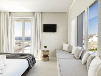 Deluxe Room with Jetted Tub Sea View (3)
